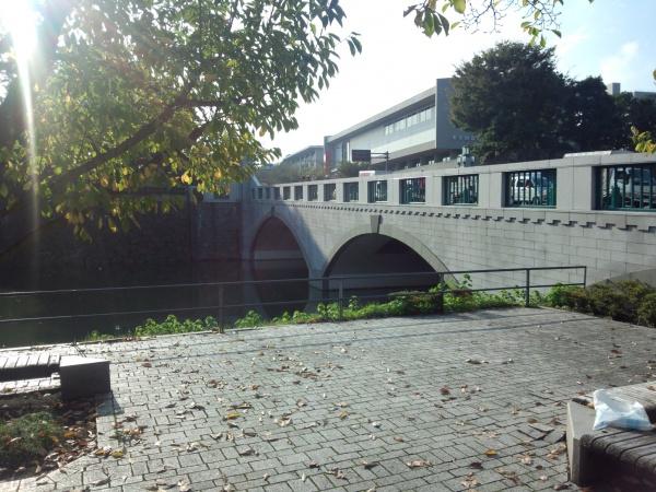竹橋と竹橋門跡 江戸城 皇居東御苑