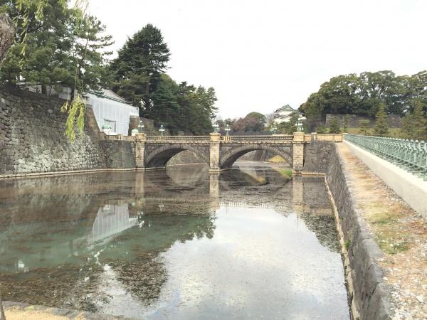 二重橋 手前の橋が「正門石橋」、奥の橋が「正門鉄橋」 江戸城 皇居外苑