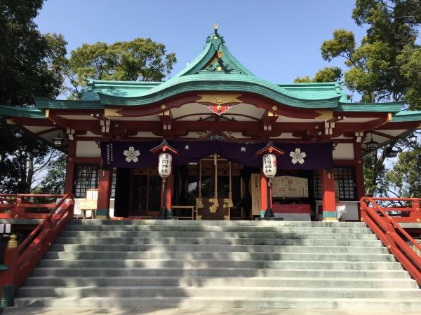 多摩川浅間神社 多摩川の丸子橋近くの神社は富士山がよく見える場所に建てられている