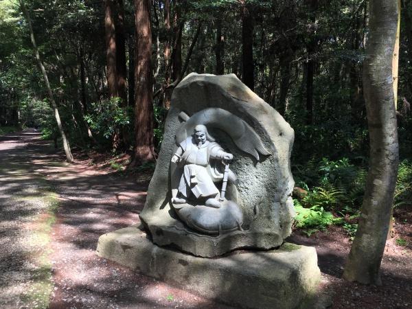 鹿島神宮の石像