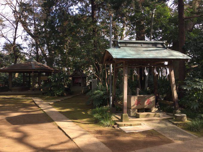 神崎神社(こうざきじんじゃ)手水舎