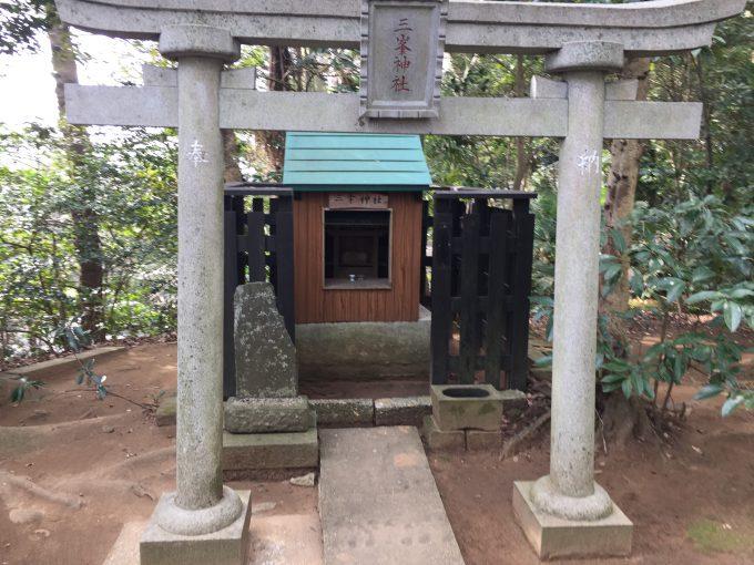 三峯神社(神崎神社(こうざきじんじゃ))