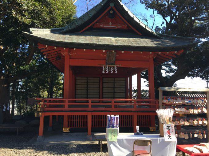玉前神社の神楽殿