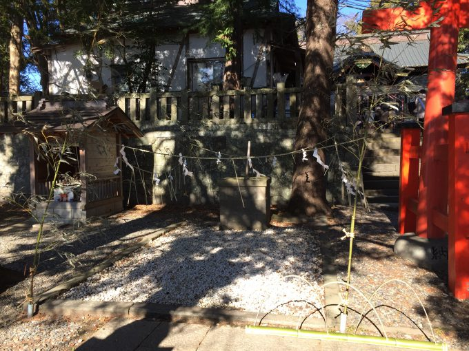玉前神社の境内