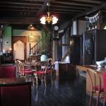 さかい家 小樽にあるアンティークな喫茶店 外観もそうだが、内装もアンティークで宜しいですHokkaidou 20121023 151735 150x150
