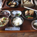 茶屋卯三郎の食事